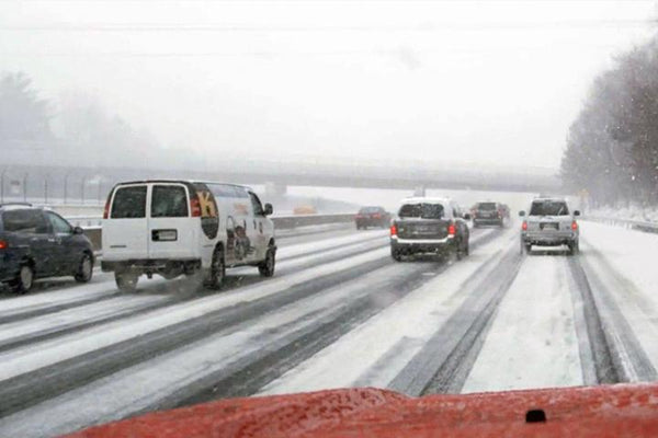 Winter Driving in Extreme Weather Conditions