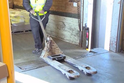 Manual Pallet Jack Safety - Training Network