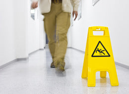 Preventing Slips & Falls for Restaurants - Training Network
