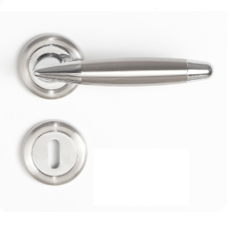 Sonnato Navona Satin Chrome Lever on Rose Lockset