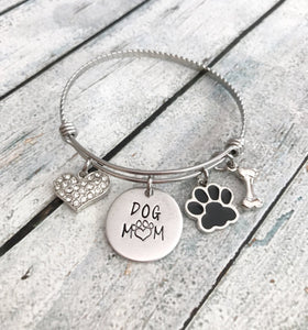 Dog mom - Hand stamped bracelet - Dog mom jewelry