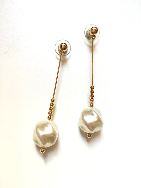 Vintage Swarovski Baroque Pearl Gold Tone Long Dangle Earrings 施華洛世奇元素仿珍珠金色耳墜耳環