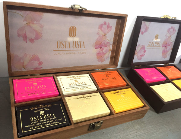 Premium Box of Handcrafted Luxury Herbal Soap (Set of 6) 手工芳療皂精選禮盒(一盒6件)