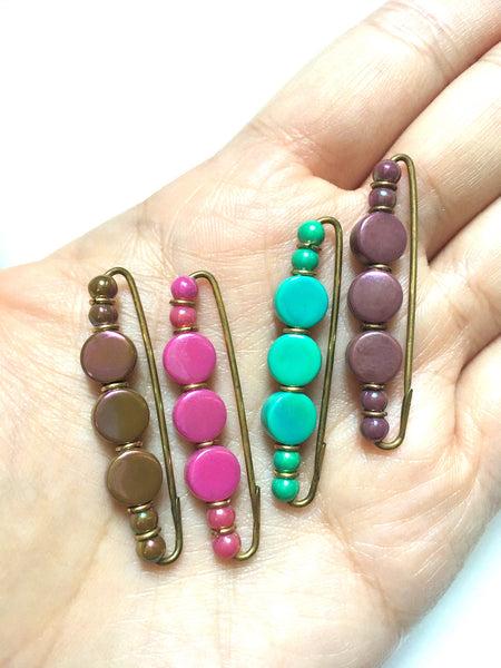 Luster Round Flat Bead Lapel Pin (4 Colours) 珠光平面串珠別針(四色)