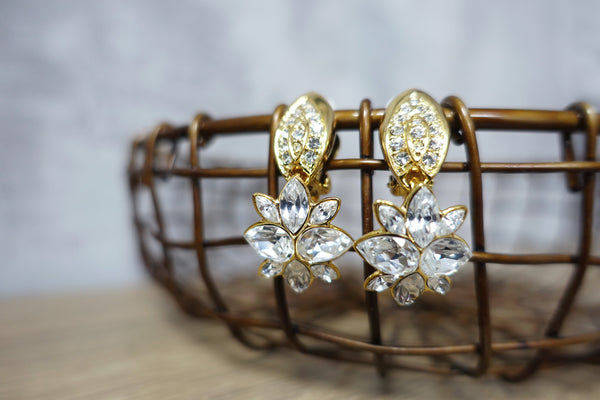 Vintage Swarovski Component Tear Drop Crystal Gold Tone Dangle Clip-on Earrings 施華洛世奇元素水滴水晶金色耳夾耳環