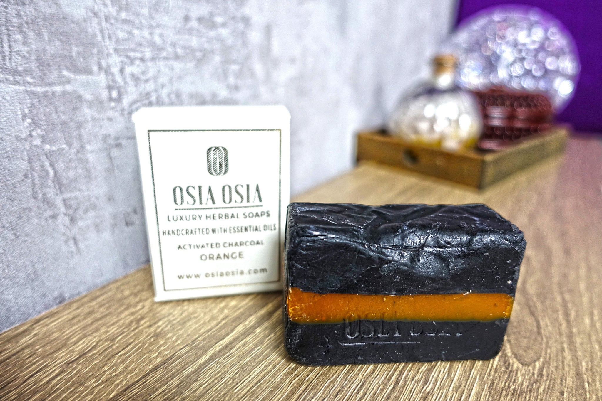 Activated Charcoal Orange Handcrafted Luxury Herbal Soap 活性炭甜橙精華手工去角質皂