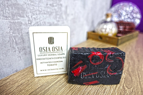 Activated Charcoal Tomato Handcrafted Luxury Herbal Soap 活性炭番茄精華手工去角質皂