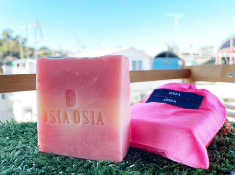 Cold Process Rose & Rose Handcrafted Luxury Herbal Soap (Body Wash & Face Wash) 冷製玫瑰精油芳療皂 (沐浴+潔面兩用)