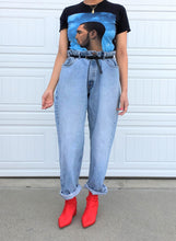 Load image into Gallery viewer, Levi's Oversized Boyfriend Jeans - 40x32