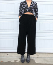 Load image into Gallery viewer, Vintage Wide Leg Velvet Trousers - 14