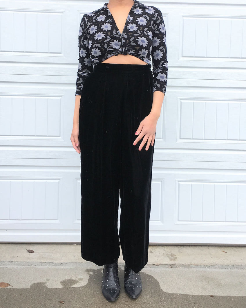 90s Dark Floral Crop Blouse - Medium