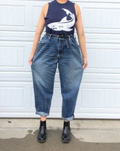 Load image into Gallery viewer, Mid-Blue Levi's Oversized Boyfriend Jeans - 42x30