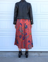 Load image into Gallery viewer, Floral Midi Skirt - Small