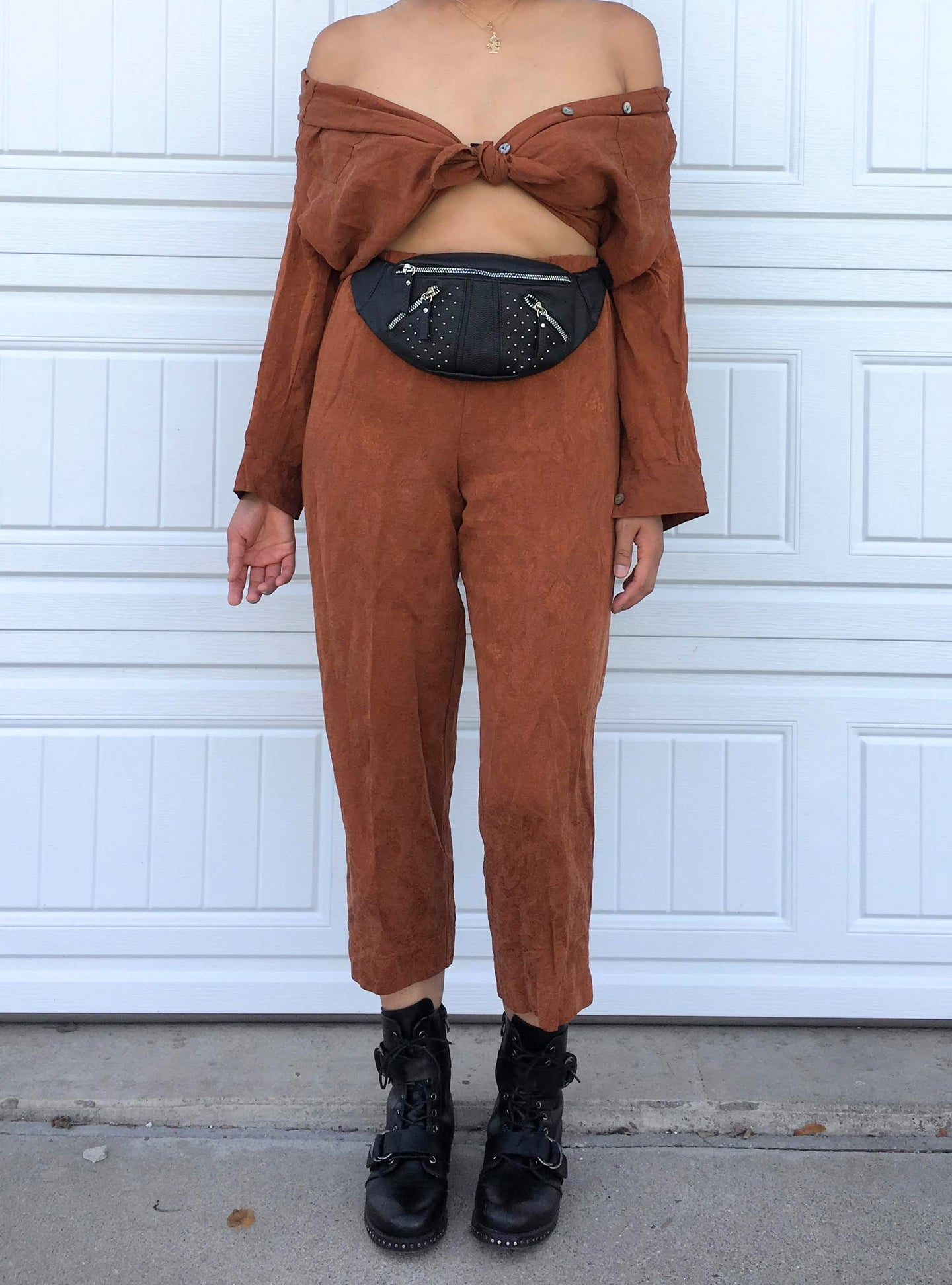Camel Cropped Pant Set - Medium