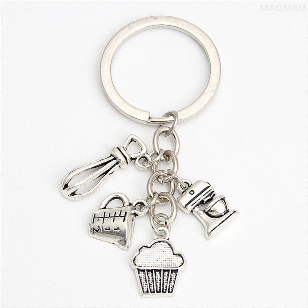 Yamily foodie key chain silver tone Western food baked cooking chef key chain mom cake pizza chips kitchen charm pendant keyring
