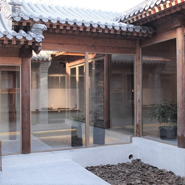 FNJI Chinese Furniture Showroom in Beijing Hutong