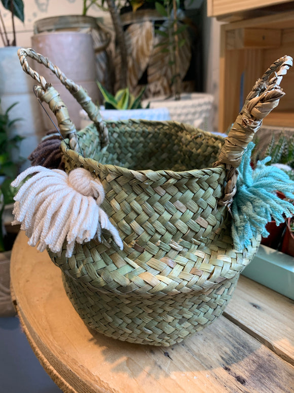 Baby Belly Basket - Tassle