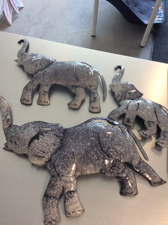Small elephant decor