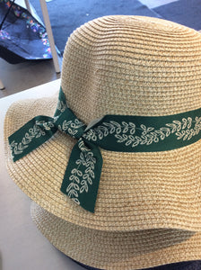 Green/Straw Leaf Bow Hat