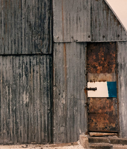 "SEAN SCULLY ""SHACKS #9"" PHOTOGRAPH, 1990"