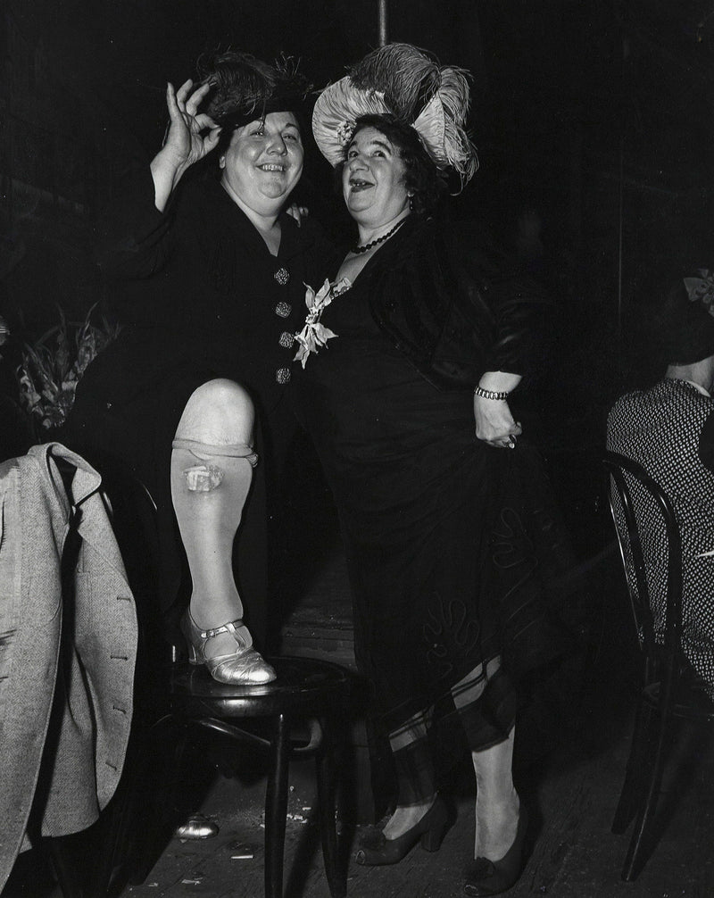 Weegee photography Caviar20 bowery entertainers 1950