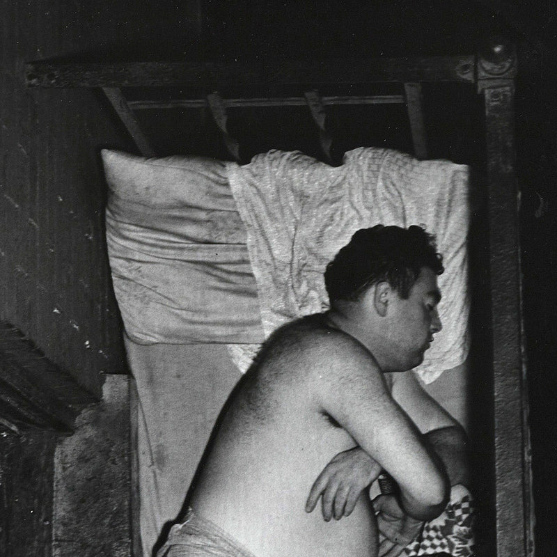 Weegee photography Caviar20 tenement sleeping 1950
