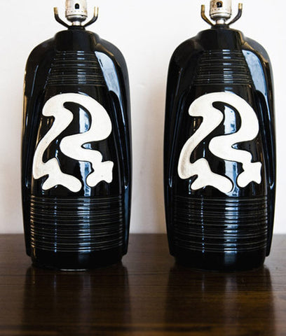 PAIR OF BLACK & WHITE SQUIGGLE LAMPS