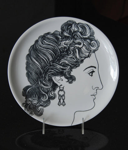 "FORNASETTI ""LE BELLEZZE"" 10"" PLATE"