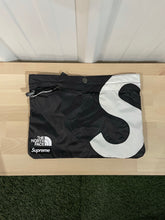 Load image into Gallery viewer, Supreme x TNF S Logo Shoulder Bag