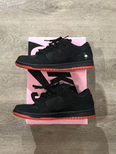Load image into Gallery viewer, Nike SB Dunk Low Black Pigeon
