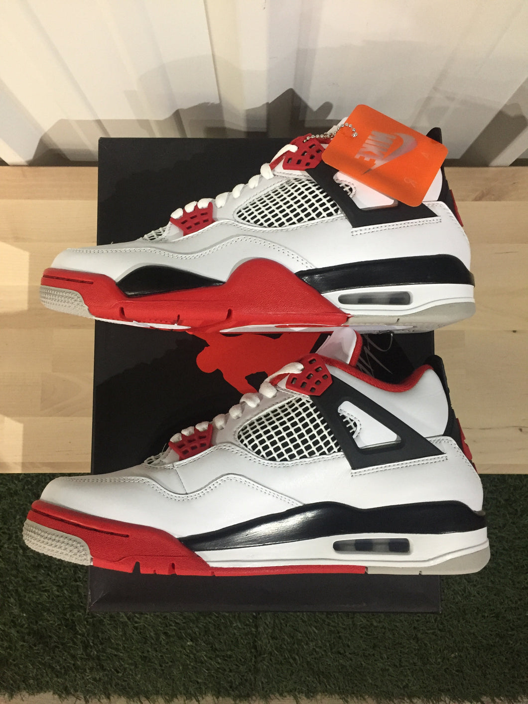 Jordan 4 Retro Fire Red 2020