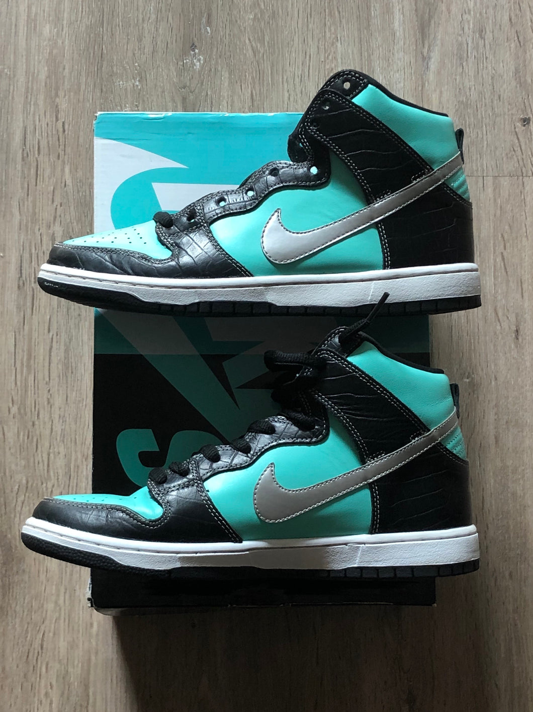 Nike SB Dunk High Diamond Tiffany