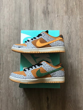 Load image into Gallery viewer, Nike SB Dunk Low Pro Safari