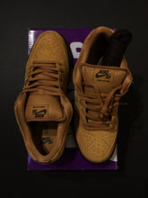 Load image into Gallery viewer, Nike SB Dunk Low Pro Wheat