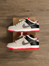 Load image into Gallery viewer, Nike SB Dunk Low Pro Infrared