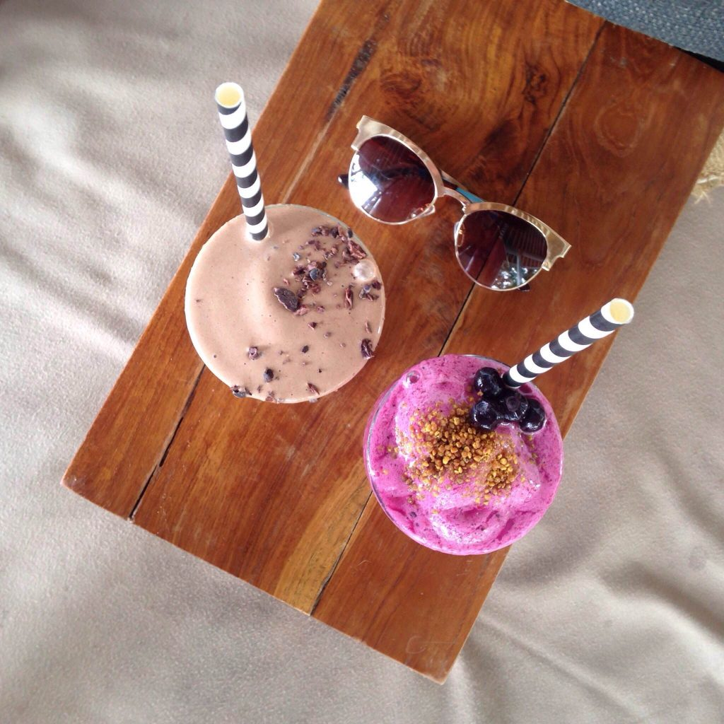 Choc top and Berry smoothie at Shady Shack - Canggu