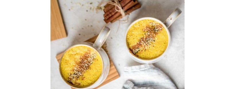 turmeric frothy latte
