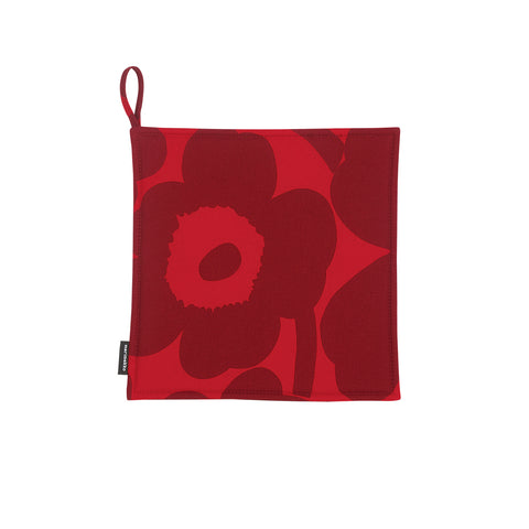 Pieni Unikko Pot Holder, dark red flowers on a bright red background, designed by Maija & Kristina Isola for Marimekko. The heavyweight cotton and extra-thick padding provide excellent heat protection. Machine washable.
