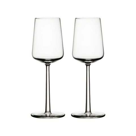 The perfectly balanced Essence 2 pc white wine glass set features a thin lip, a tall, delicate stem and strikingly simple bowl which enhances the grape's clarity and yields its aroma.