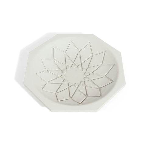 Light-gray tray octagon tray with an intricate Arabic intricate pattern at the center.