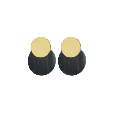Brass disc atop black horn disc create the Contrast Coin Stud Earrings.