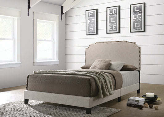 Tamarac Upholstered Nailhead Queen Bed Beige - 310061Q
