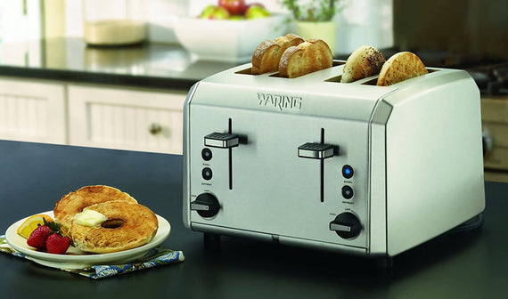 Waring Professional 4-Slice Toaster (Brushed Stainless Steel) Make Toast, Bagels and Pastries with ease - W-WT400
