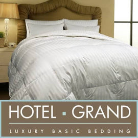 Hotel Grand Down Comforter King When the frigid winds of winter arrive, many people turn to lavish bed Comforters to stay warm - 389949