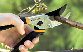 Fiskars Prunes and Floral Snip 2pk The top name in scissors and cutlery puts two great gardening products into one set great for tending to any garden need - 406730