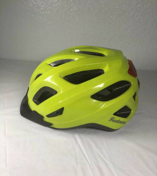 Freetown Bicycle Helmet Ajustable FitRevlr Helmet from Freetown Gear and Gravel is a hybrid, stylish bike helmet for commuters and daily urban riders -805900