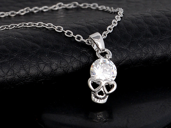 NECKLACE SKULL PENDANT AND SKULL EARRINGS SET