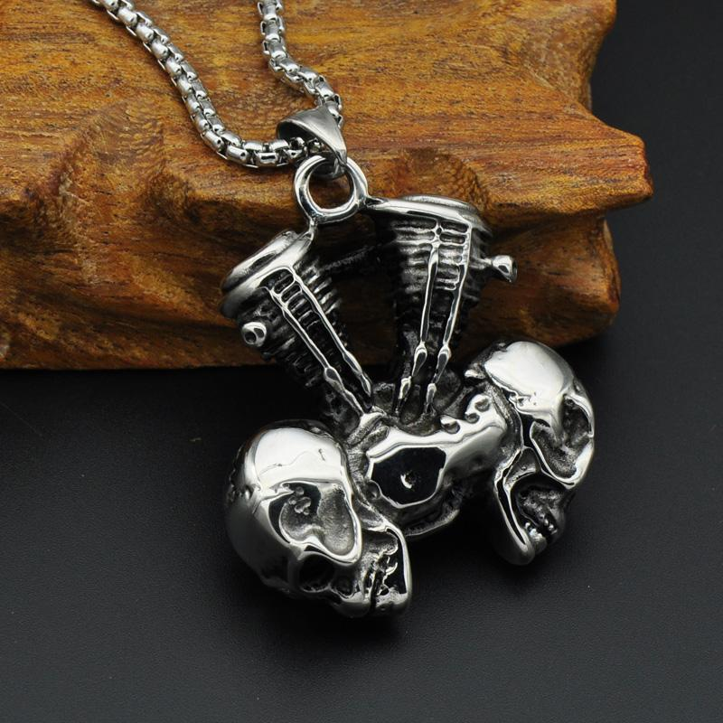 SKULL ENGINE NECKLACE (STEAMPUNK STYLE)