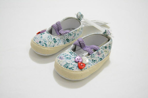 Baby Shoes - Little World