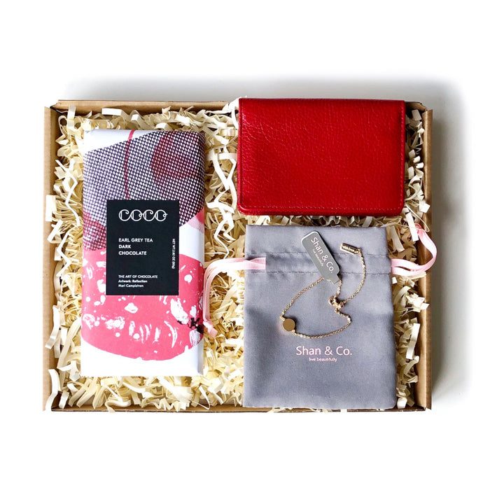 Letterbox gift set for women